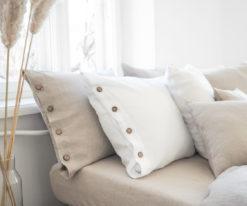 Leinen Bettwäsche mit Knöpfen