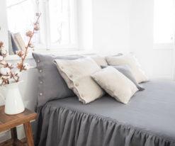 Bettdecke mit Rüschen
