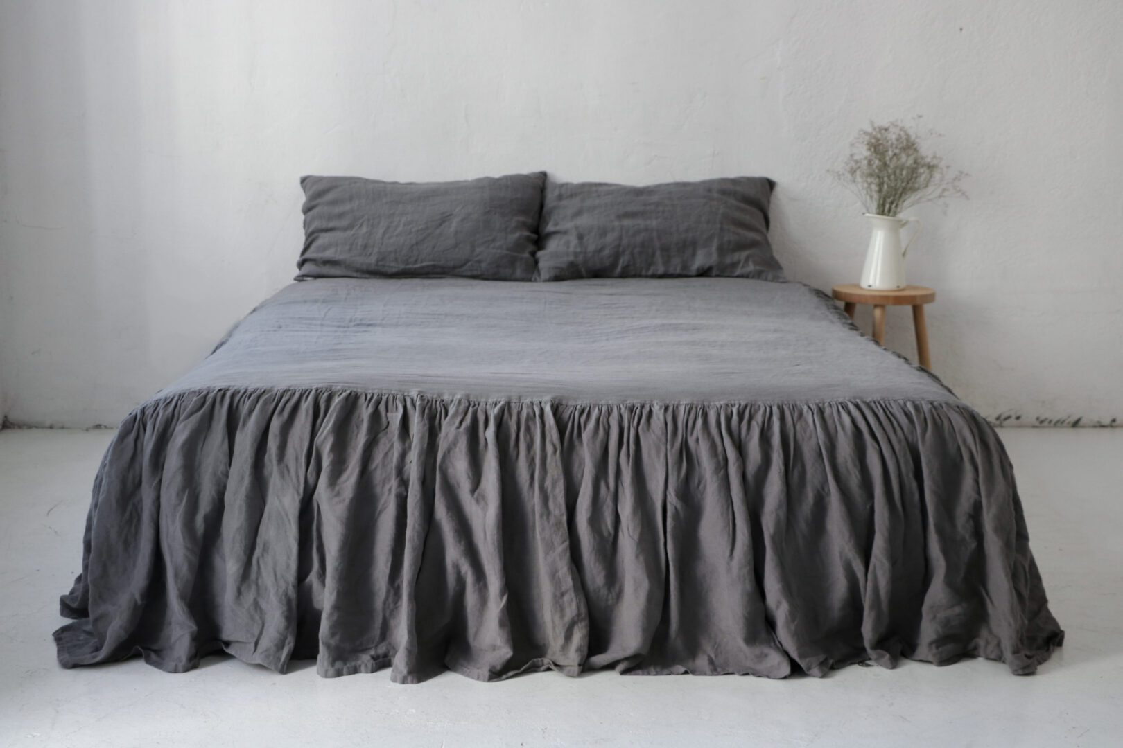 Linen Dust Ruffle 100 European