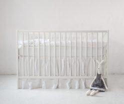 Biała falbanka maskująca do łóżeczka 120x60 cm