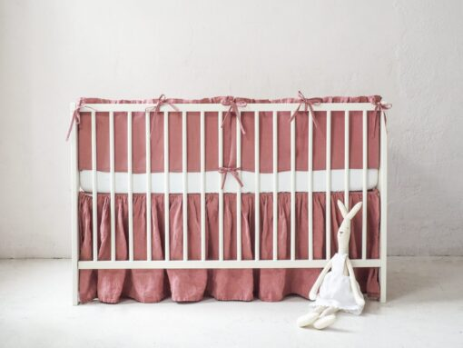 Linen crib bumper for girl