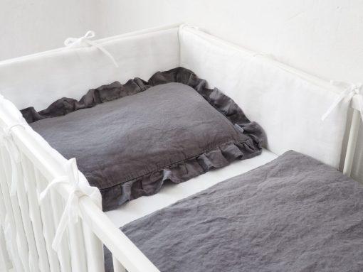 Szara pościel do łóżeczka dla chłopca