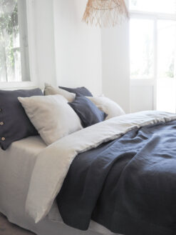 Lightweight blankets for the summertime