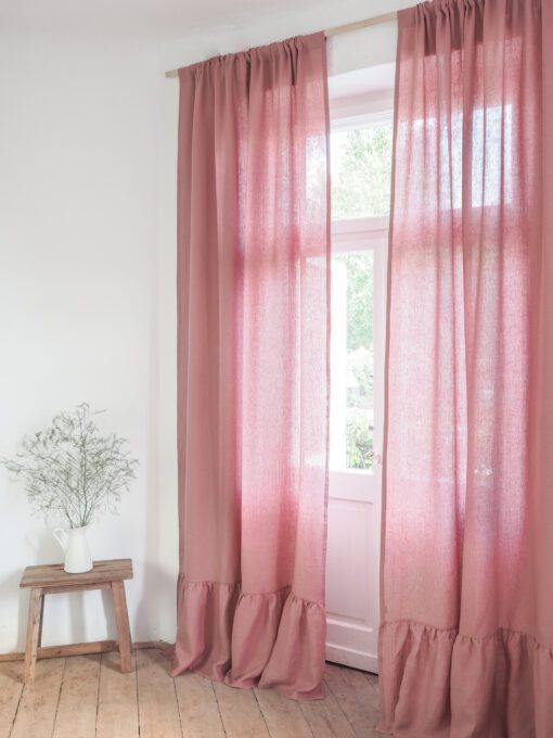 Ruffled linen curtain dusty pink