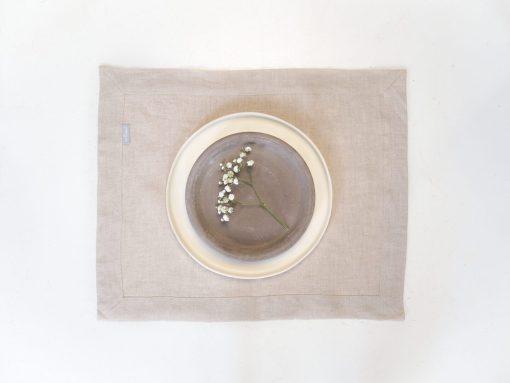 materiałowe podkładki na stół
