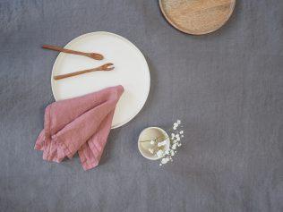 Różowe serwetki lniane