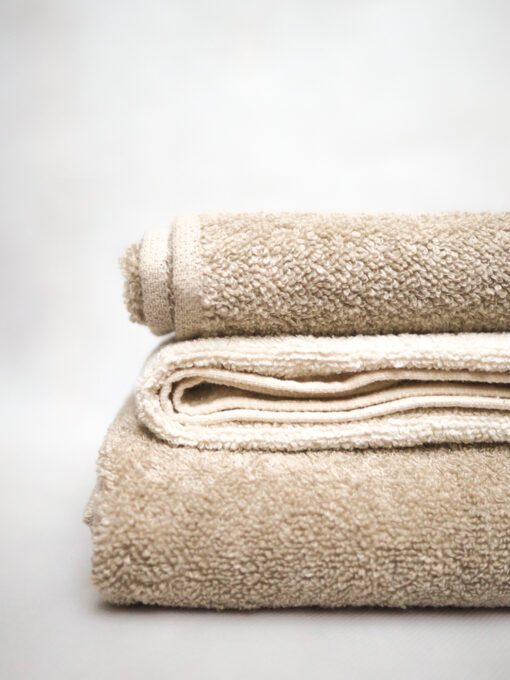 Terry towel made of linen