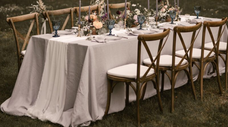 How to decorate a wedding hall with linen? Be inspired naturally!
