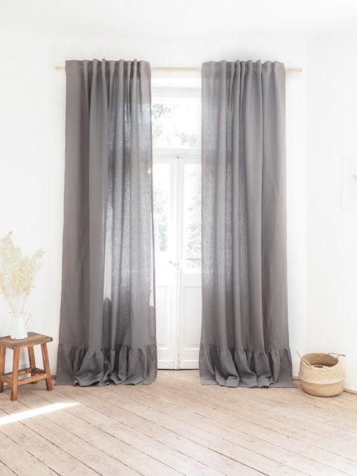 Leinenvorhang aus massiver Grau