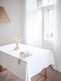Weiße Leinen Tischdecke