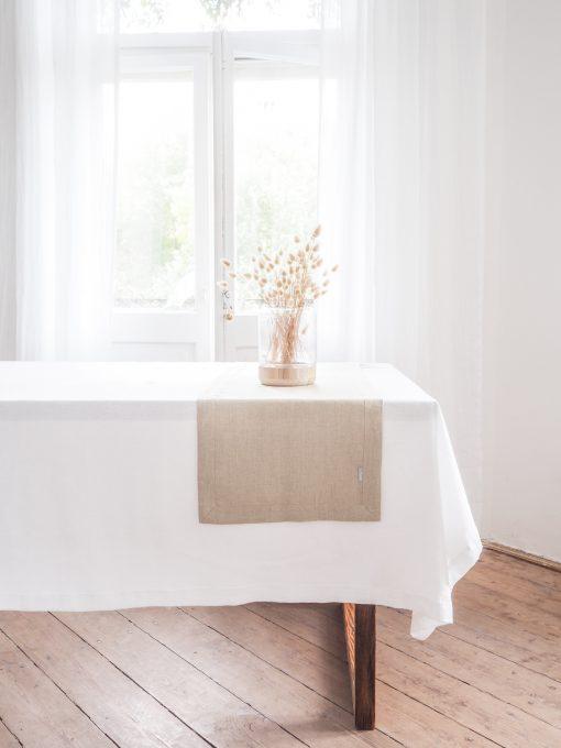 Lniany bieżnik na stół