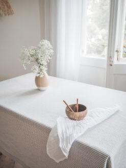 Weiße Musselin-Leinenserviette