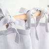 Hellgraue Leinenvorhänge mit Krawatten