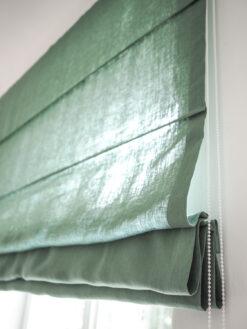 Zielona roleta rzymska z lnu