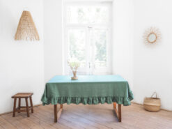 zielony obrus lniany